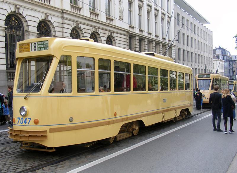 150 ans de tram à Bruxelles - Page 2 J5GJy