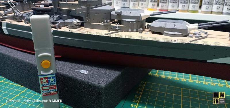 Bismarck 1/350 Tamiya  - Page 9 JnOkP