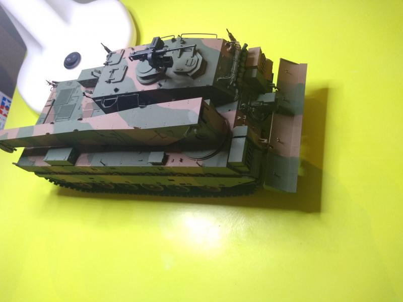 [Convoi] Type 90 MBT et ARV Tamiya + Etokin Model KOYQe