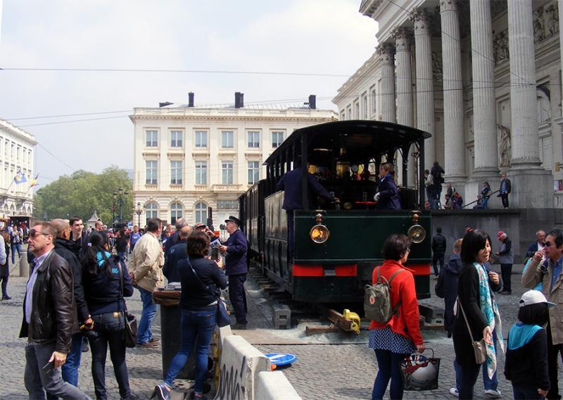 150 ans de tram à Bruxelles - Page 2 Lody2