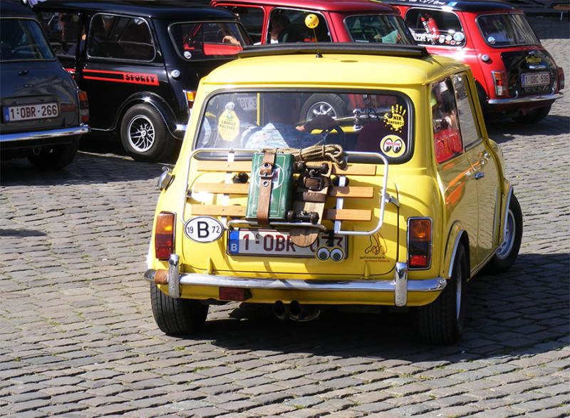 Autoworld - MINI Parade 22 avril 2019 M93jk