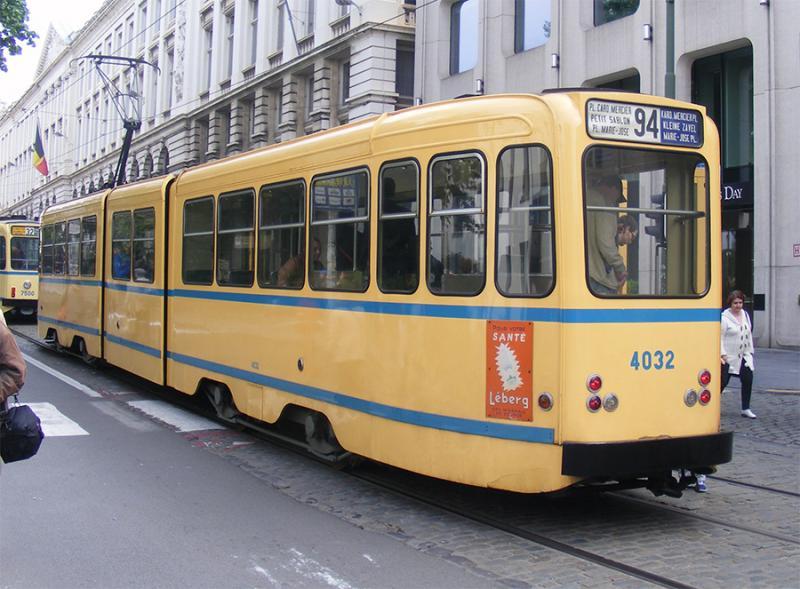 150 ans de tram à Bruxelles - Page 2 MLw2O