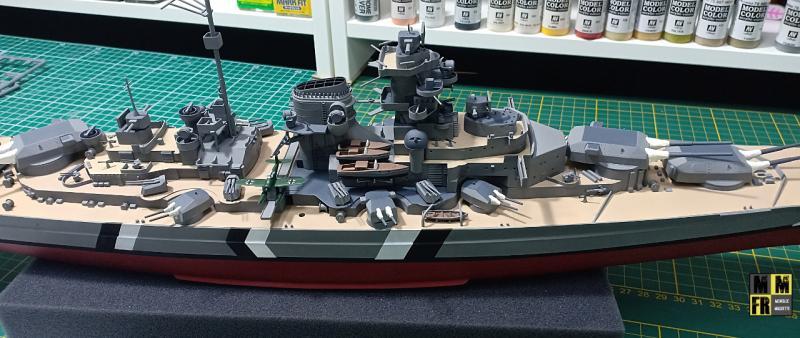 Bismarck 1/350 Tamiya  - Page 8 N3E11