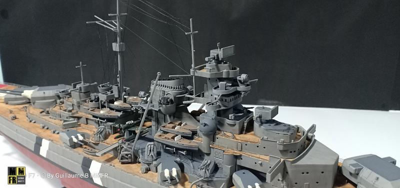 Tamiya Bismarck 1/350 par Guillaune.B ( montagemaquettefr) ODvDo