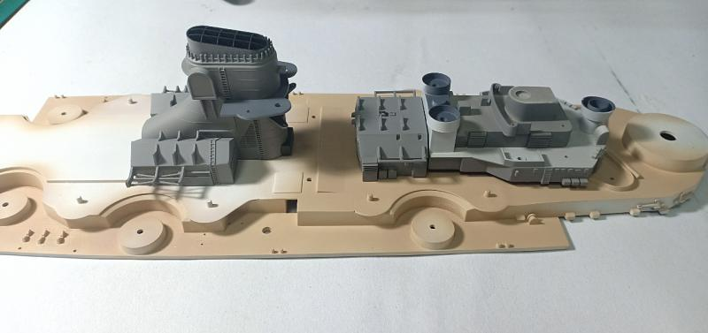 Bismarck 1/350 Tamiya  - Page 6 PAw2Z