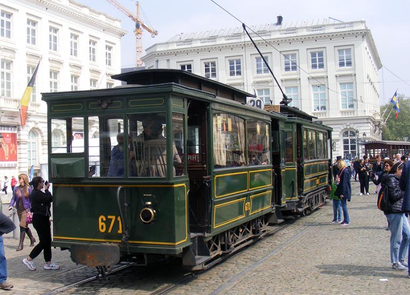 150 ans de tram à Bruxelles - Page 2 PYZ4R