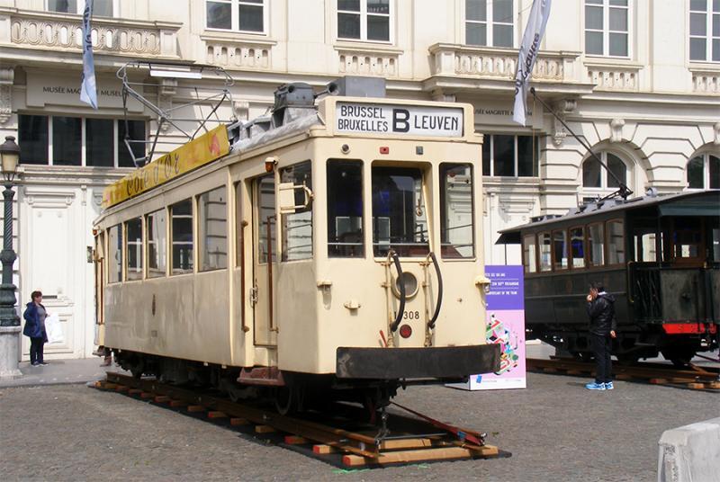 150 ans de tram à Bruxelles - Page 2 PYZZd