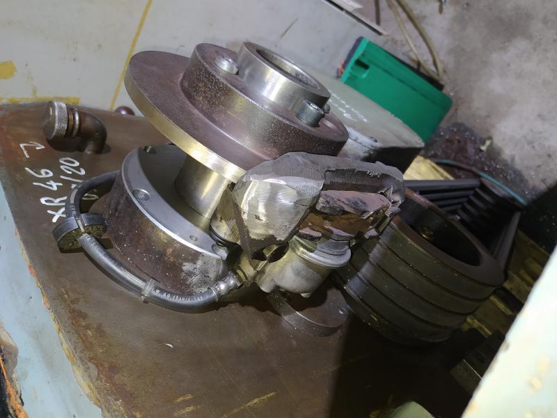 Installation d'un frein sur un tour qui n'en est pas equipé Q32yQ