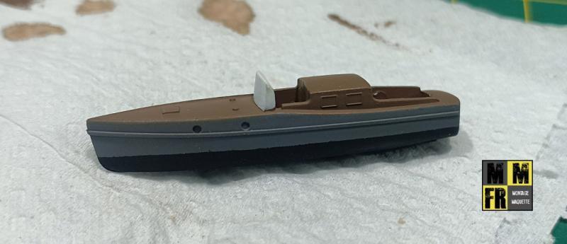 Bismarck 1/350 Tamiya  - Page 6 QVVd8