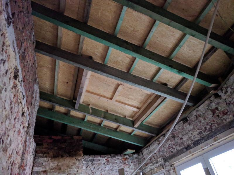 rénovation d'une maison WNLRZ