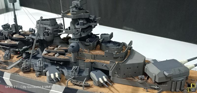 Tamiya Bismarck 1/350 par Guillaune.B ( montagemaquettefr) YWQqP