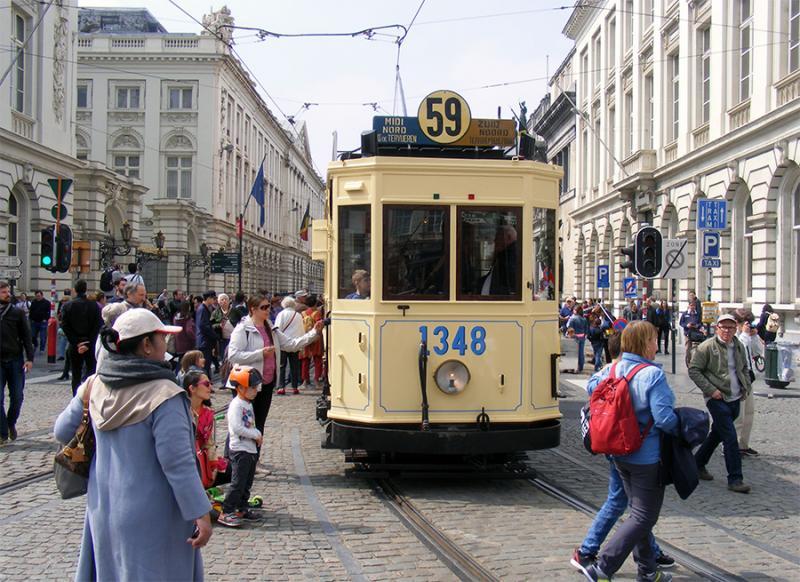 150 ans de tram à Bruxelles - Page 2 YnLL9