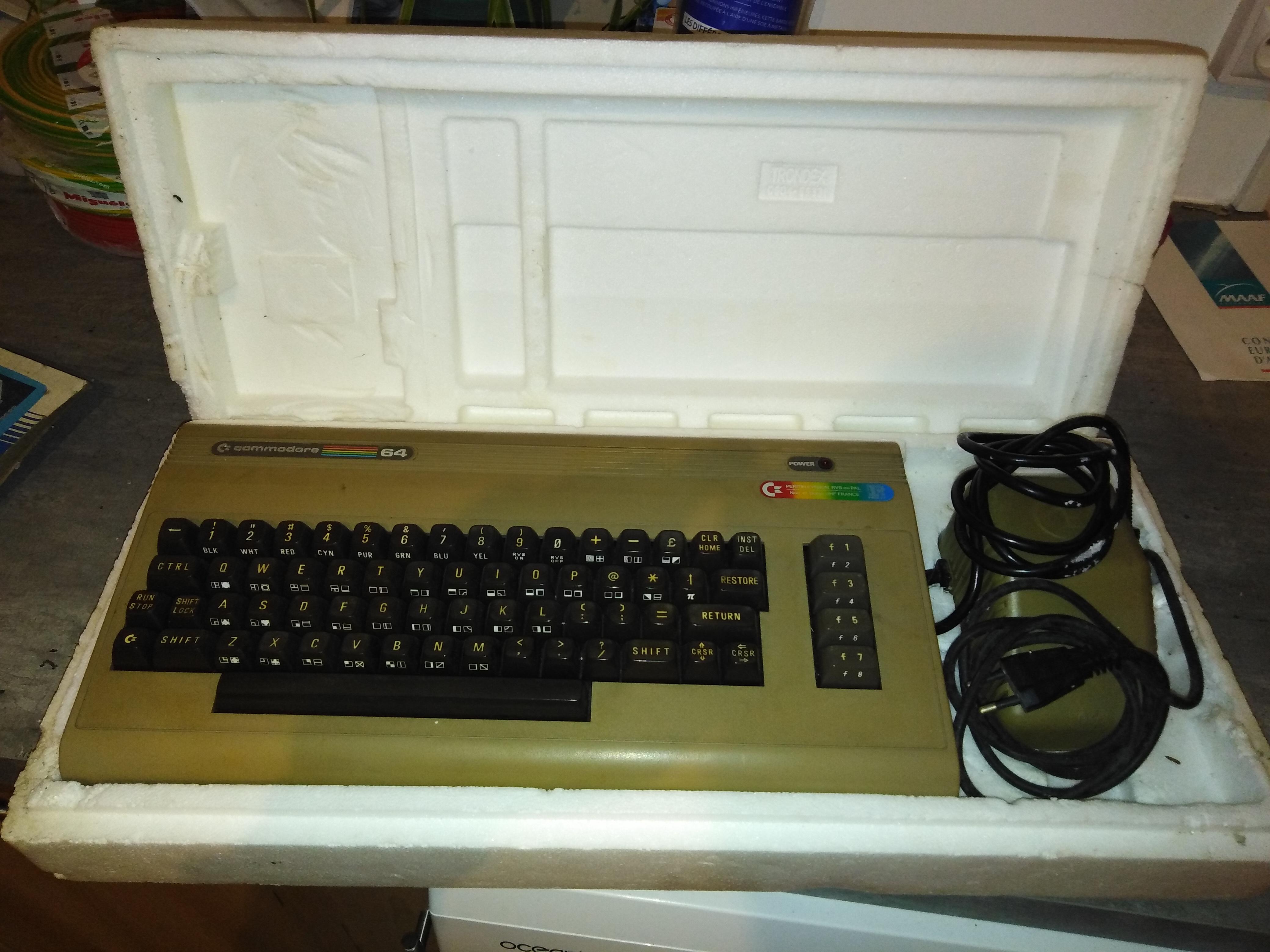 Estimation Commodore 64 et vielles calculatrice TI ? 98Oxy