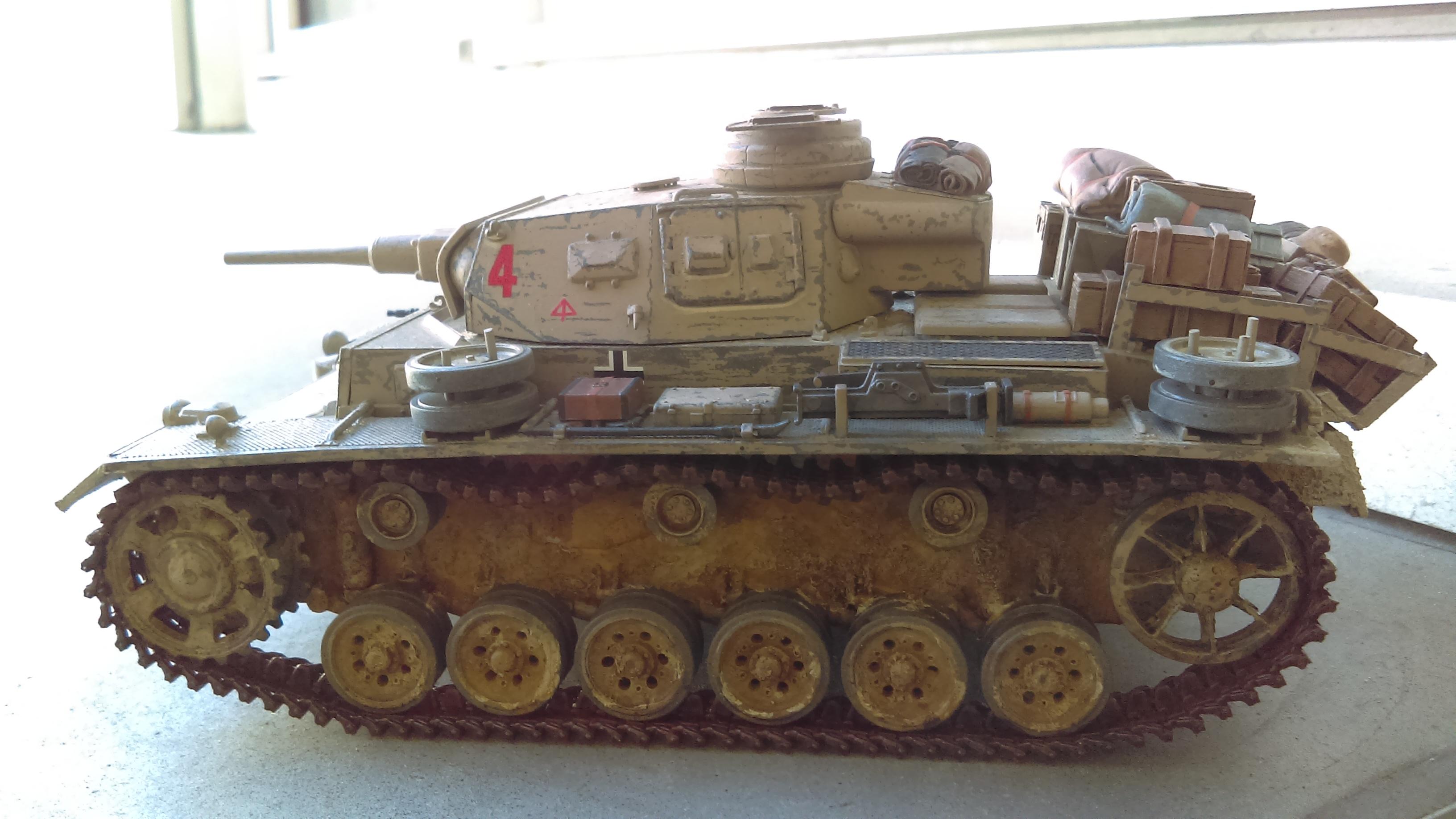PANZER III J 5 cm KURTZ D.A.K 1/35 REVELL AGGj3