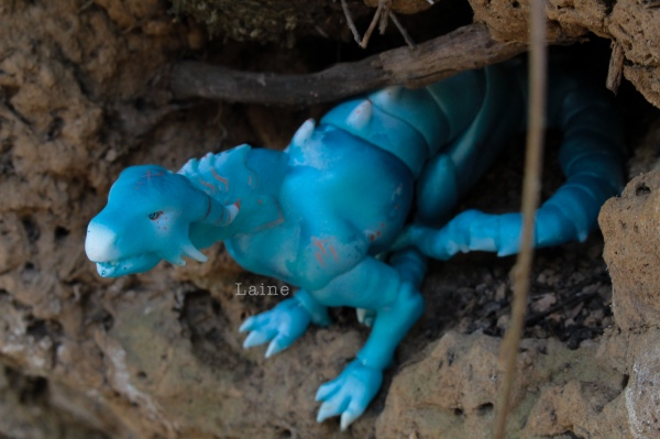 "Laine-{Dragon cuarto} ""Un dragon dans sa grotte"" bas p9 - Page 9 Ajwmp"