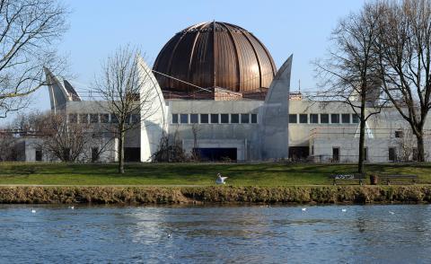Inauguration de la Grande Mosquée de Strasbourg, ou quand Manuel Valls et les dhimmis de la République enracinent l'Islam Radical sur le sol français dans Politique E7VAj