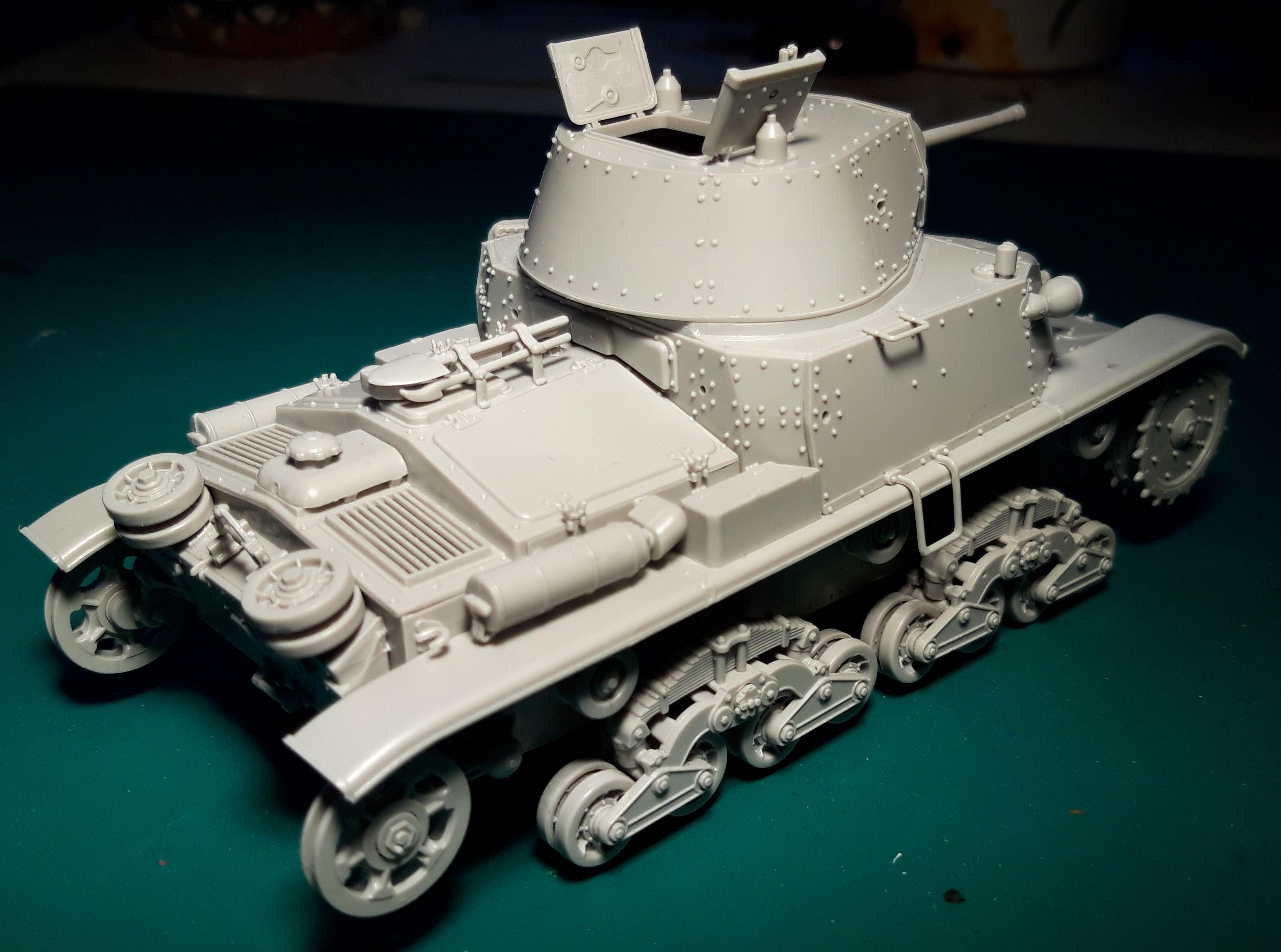 Carro Armato M14/41 Italeri