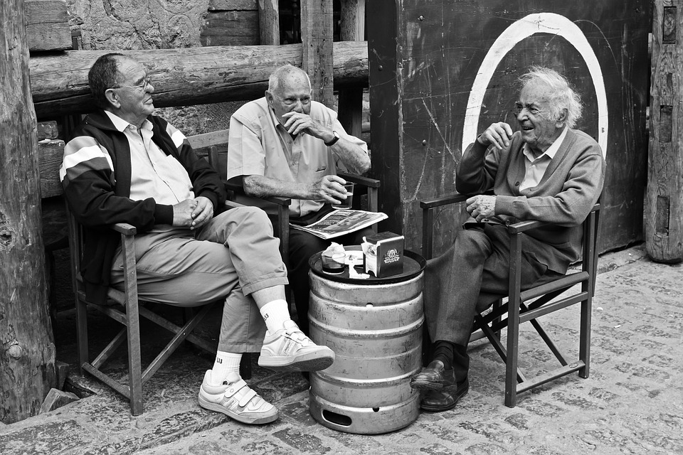 Les hommes âgés  - Page 2 N93wZ