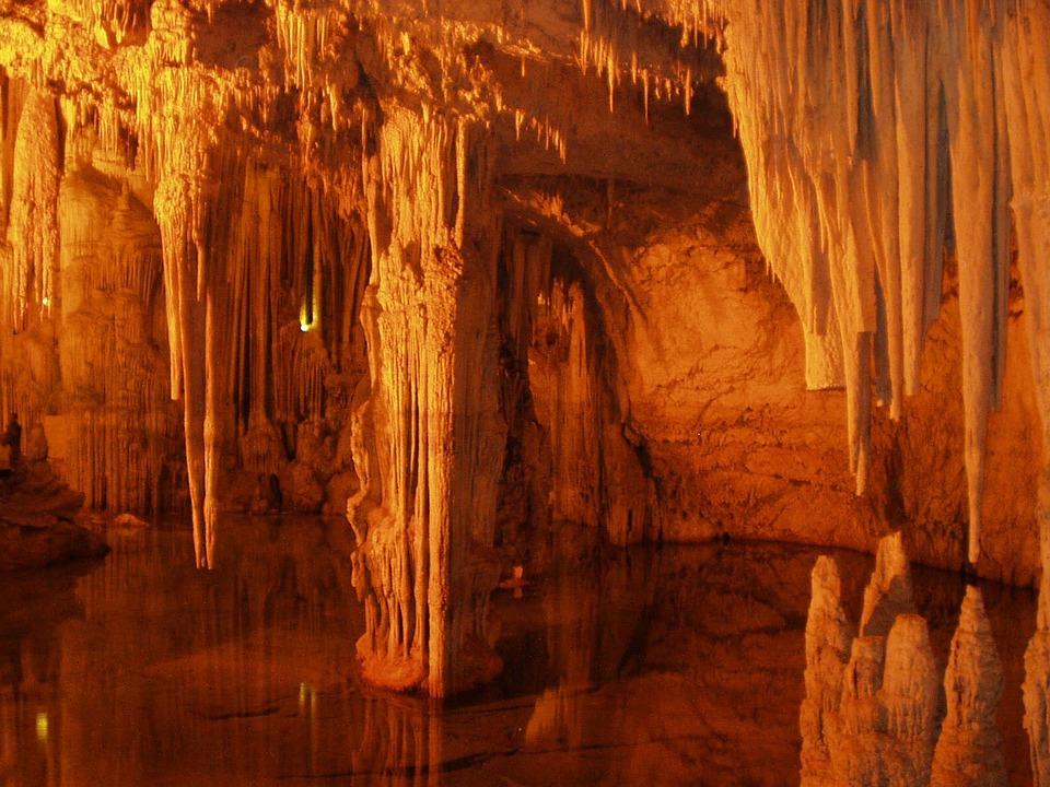 Les grottes  N94n1