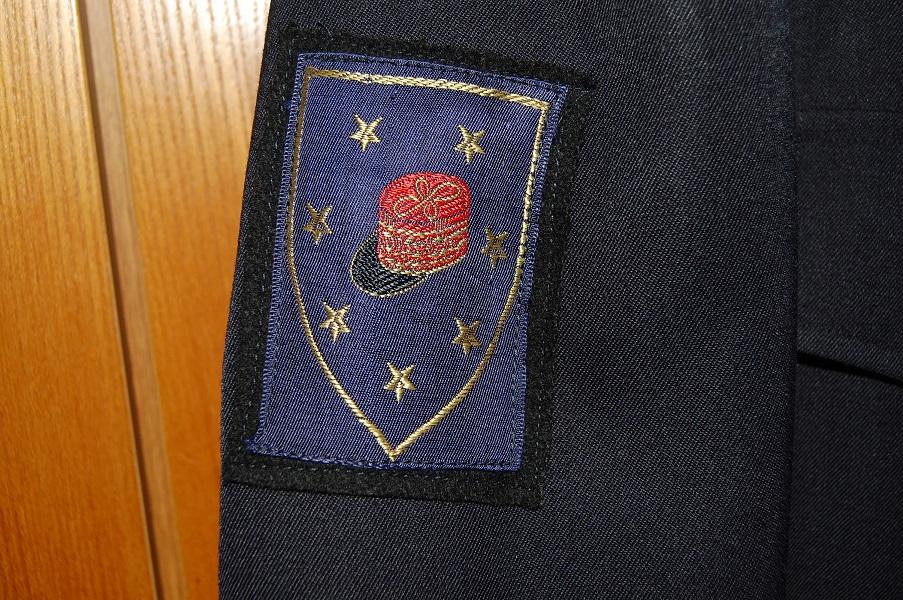 uniforme de milicien  Na8KZ