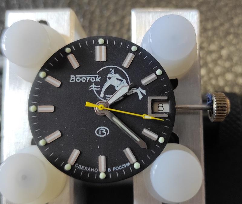 Vos montres russes customisées/modifiées - Page 12 Nb0y7