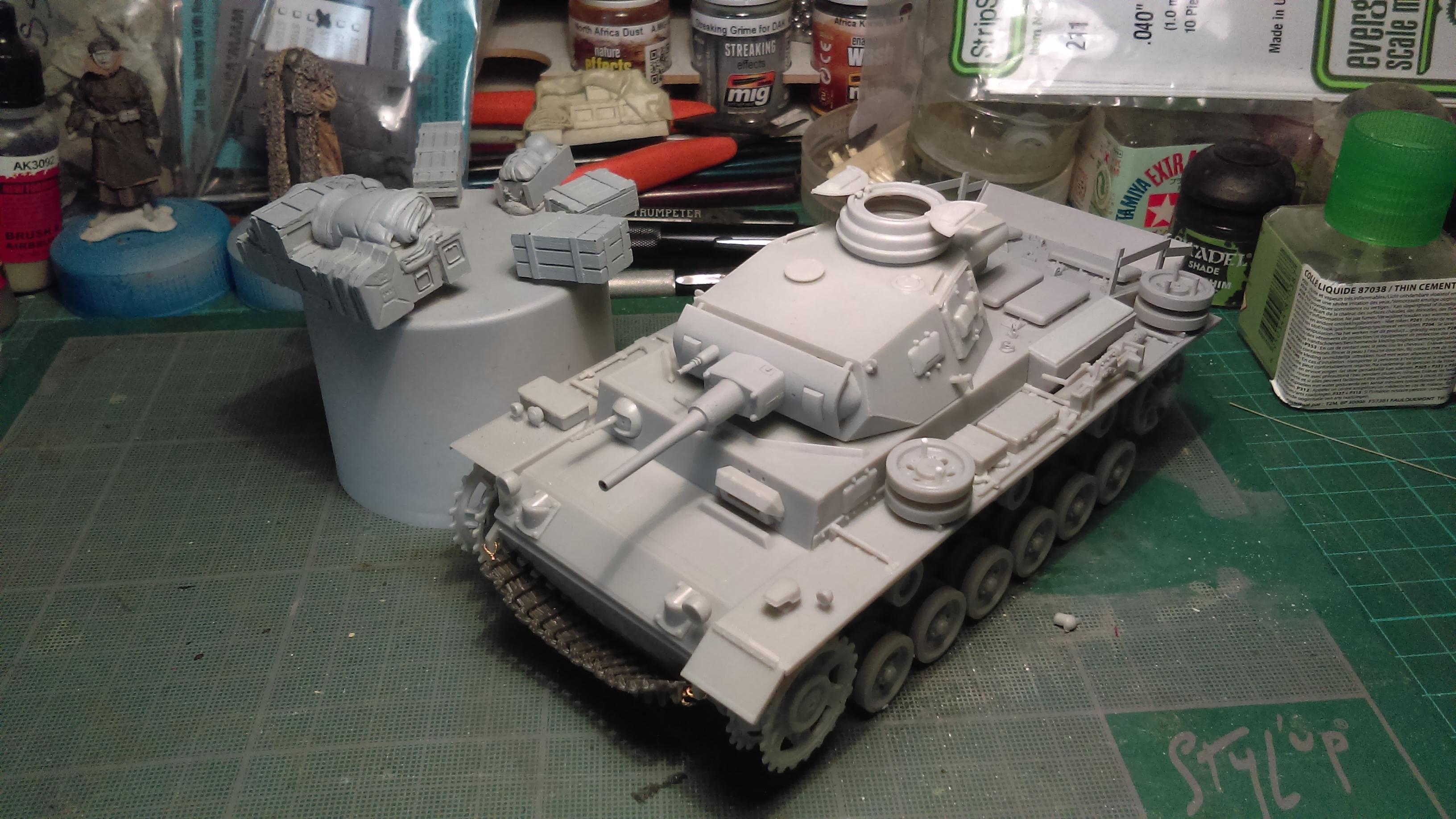PANZER III J 5 cm KURTZ D.A.K 1/35 REVELL OPLnN