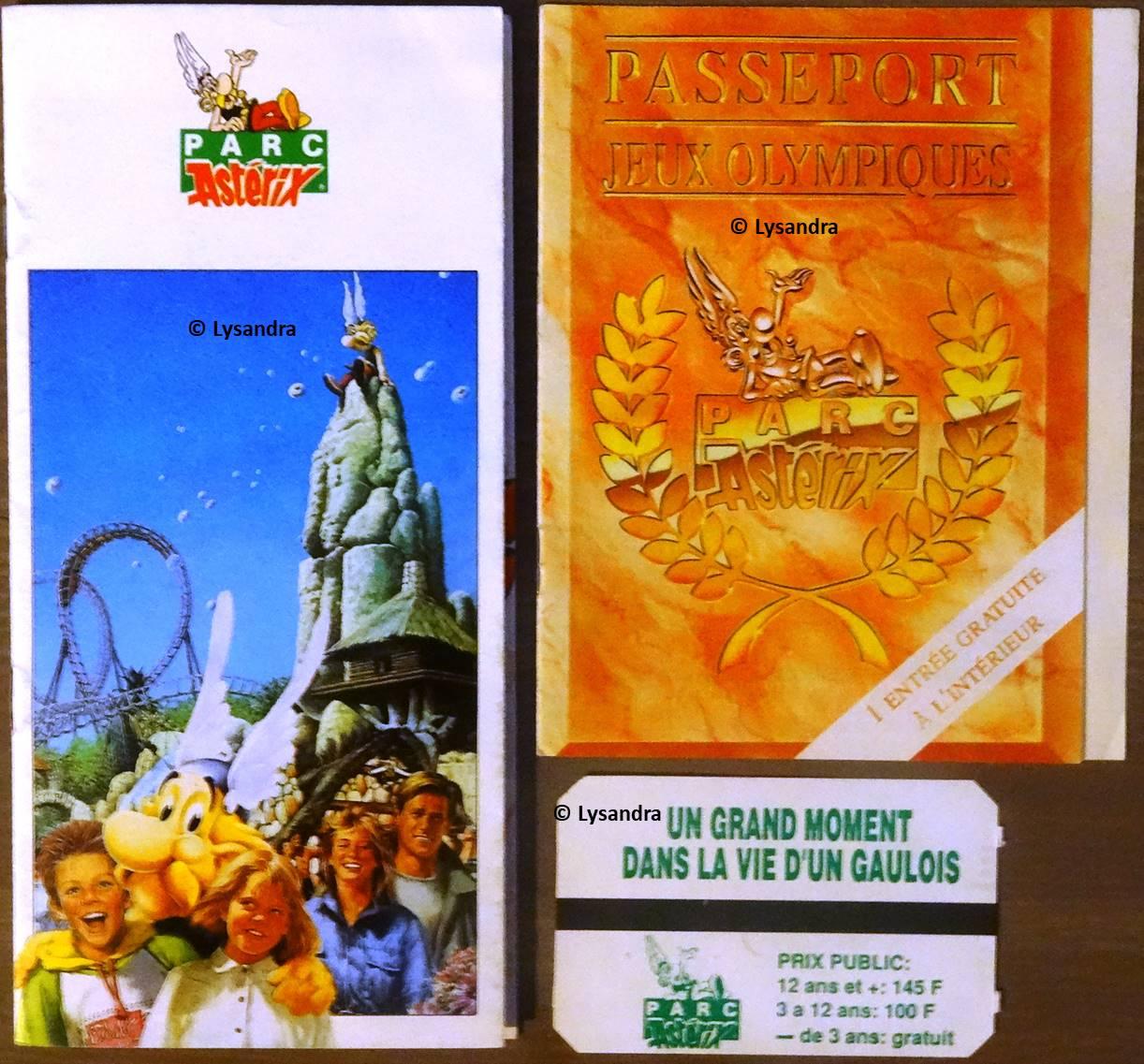 Dépliants, plans, tickets du Parc Astérix R8Ydw