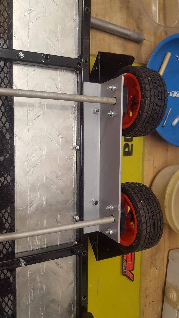 Fabrication remorque plateau à suspension ou balancier RoeP8