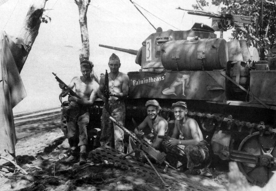"""ACADEMY 1/35 M3A1 STUART """"USMC SATAN"""" VxZ38"""