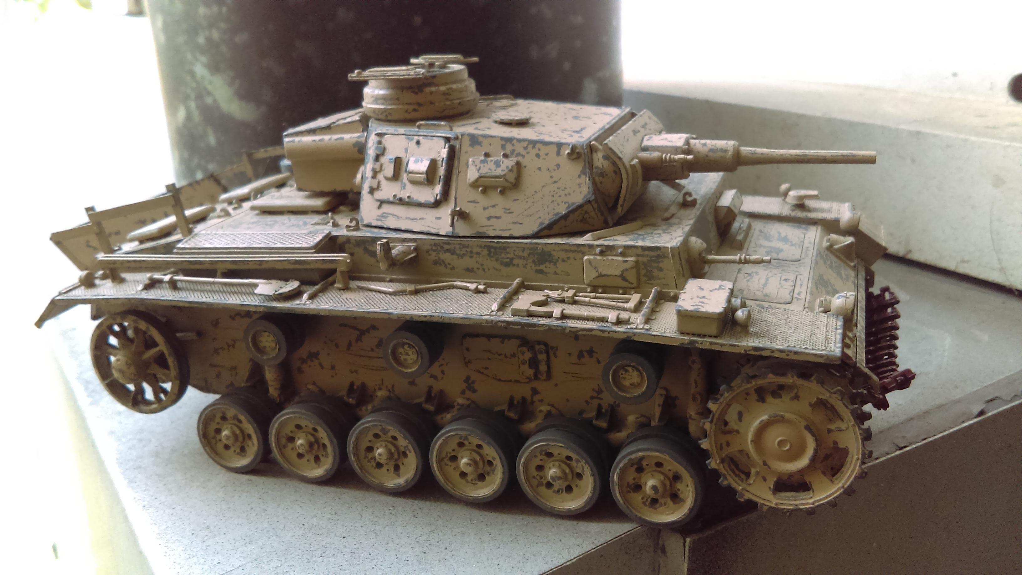 PANZER III J 5 cm KURTZ D.A.K 1/35 REVELL XPomj