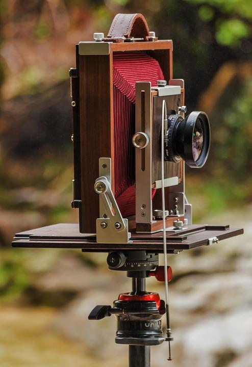"Tubes ""Cinéma"" ... appareils photos ... XQ2W9"