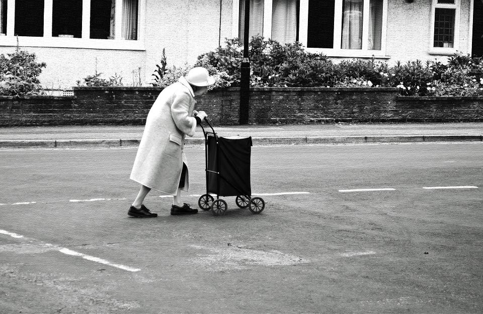 Les femmes âgées Yo2Nx