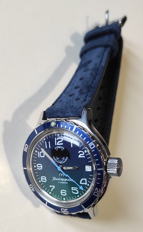 Vos montres russes customisées/modifiées - Page 12 Ypo3A