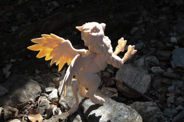 "Laine-{Dragon cuarto} ""Un dragon dans sa grotte"" bas p9 - Page 9 Z2Adb"