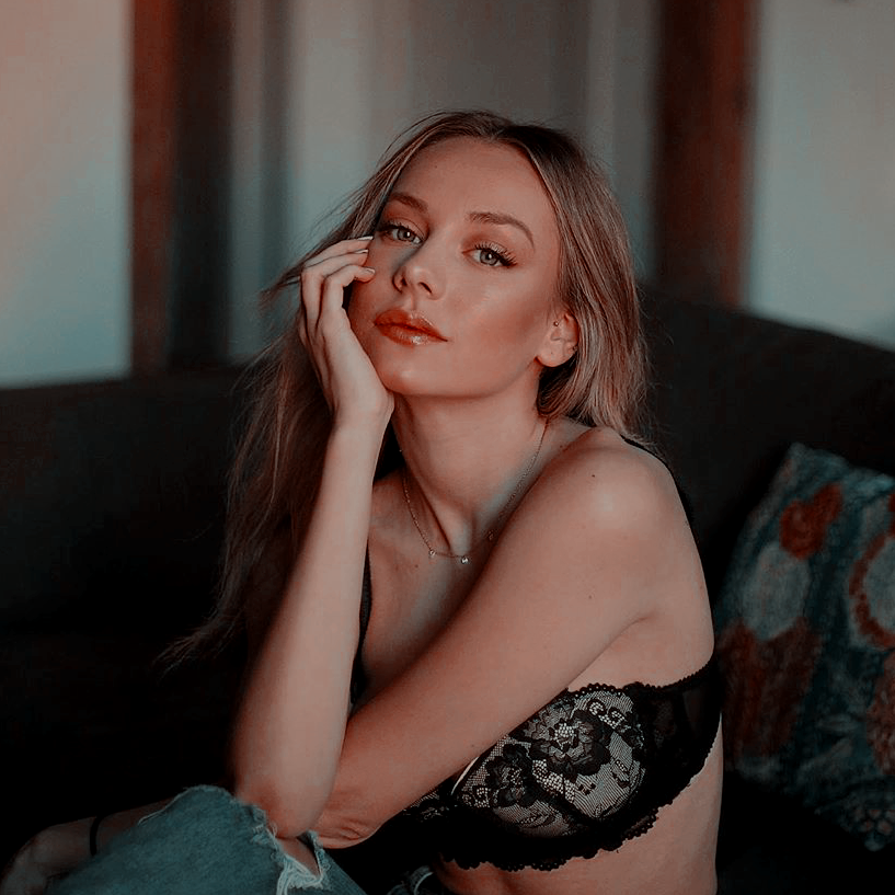 DANNA WHEELER ► Ester Expósito ZZyJr