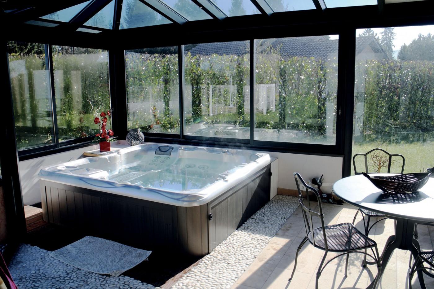 dlhabitat volet v randa et plus encore en normandie. Black Bedroom Furniture Sets. Home Design Ideas