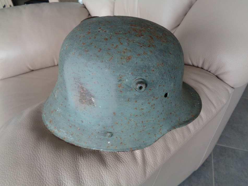coque de casque sur brocante  A2eGy