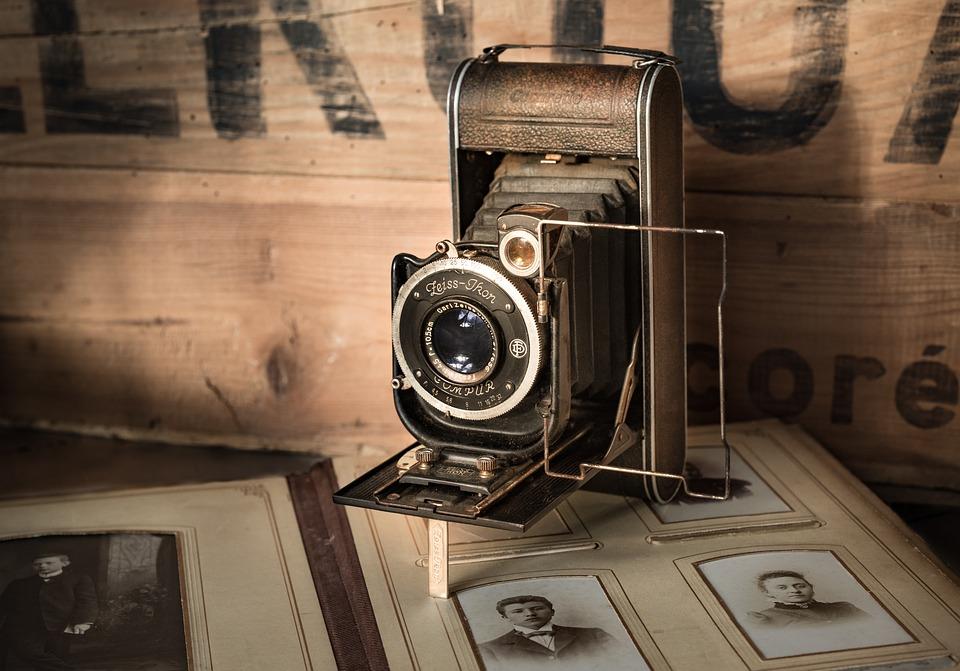 """Tubes """"Cinéma"""" ... appareils photos ... AQgEA"""
