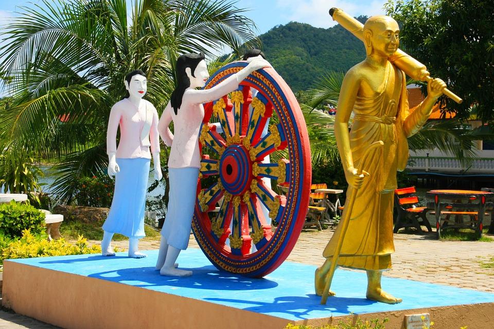 Statues J4qNj