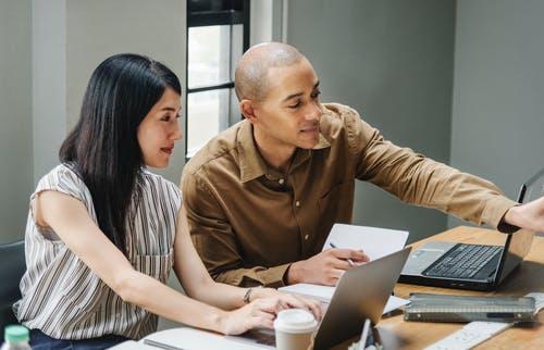 Découvrez Toutes Les Semaines Des Techniques Et Solutions Inédites Pour donner un coup d'accélérateur  Á Votre Business Sur Internet!