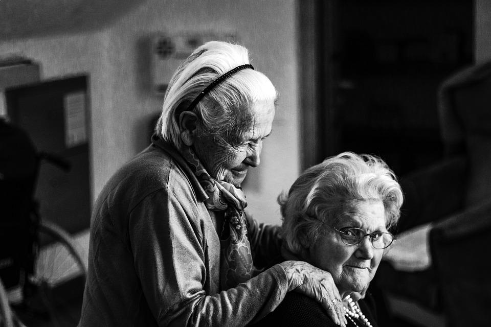 Les femmes âgées LRN5A
