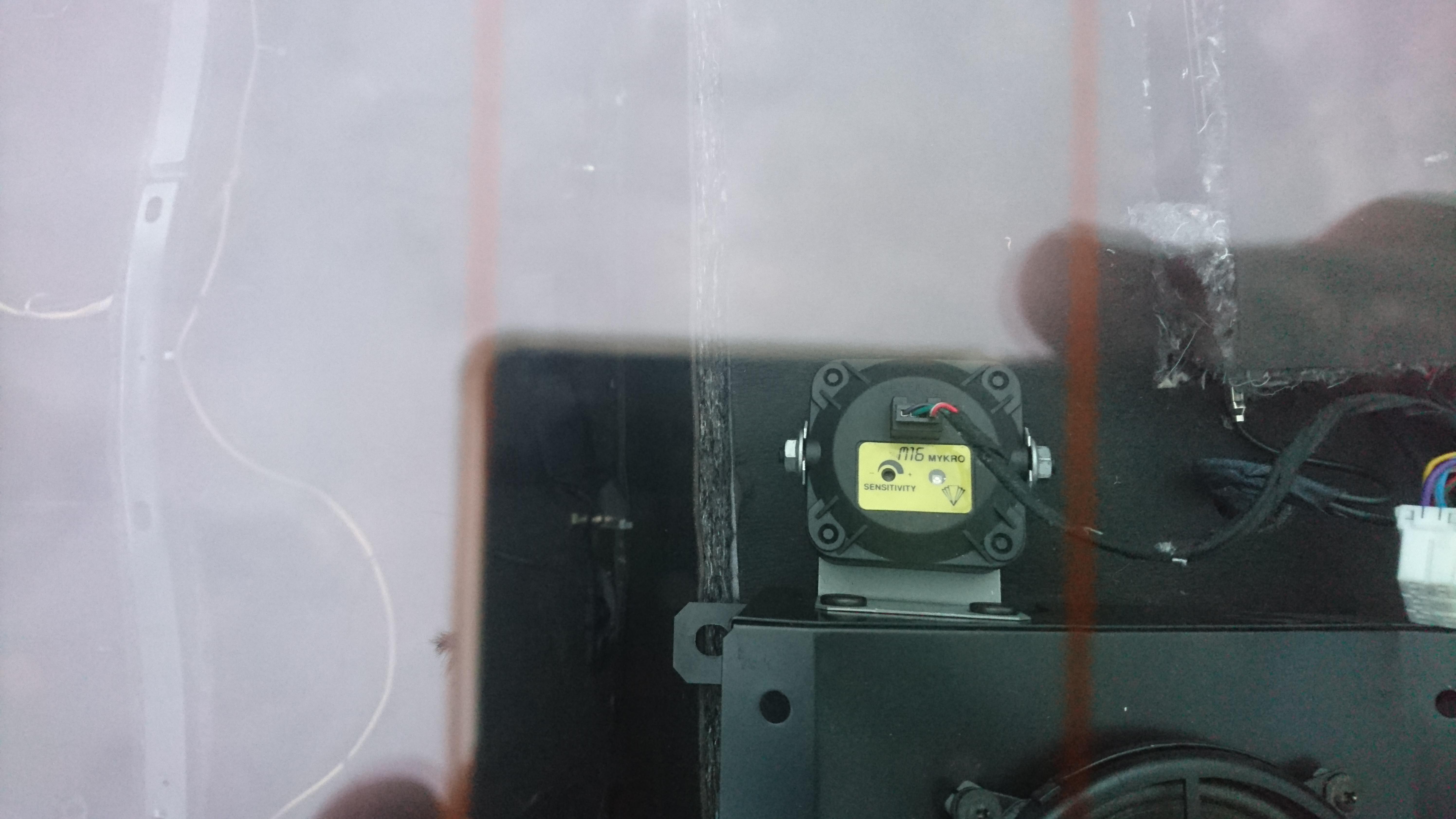 [3200GT] connecteurs fantômes boîtiers OVNI & bouton mystère OKjOJ
