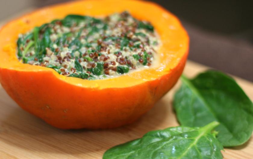 Recette vegan végétale et sans gluten de potimarron fourré quinoa épinards faciles et rapides