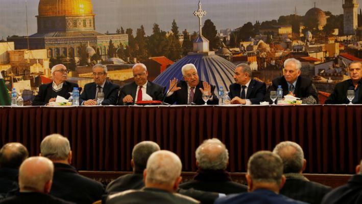 """ديبلوماسية الاسفنجة في خطاب """" التحلل"""" من الاتفاقيات مع اسرائيل"""