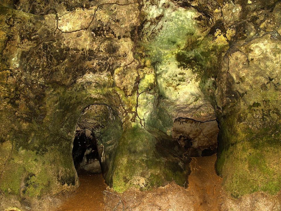 Les grottes  VbpZ9