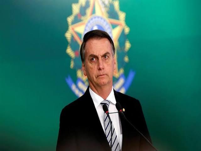 كيف تحولت البرازيل للديمقراطيه: سيولة الأوضاع في الإقليم كعامل مساعد للتحول الديمقراطي